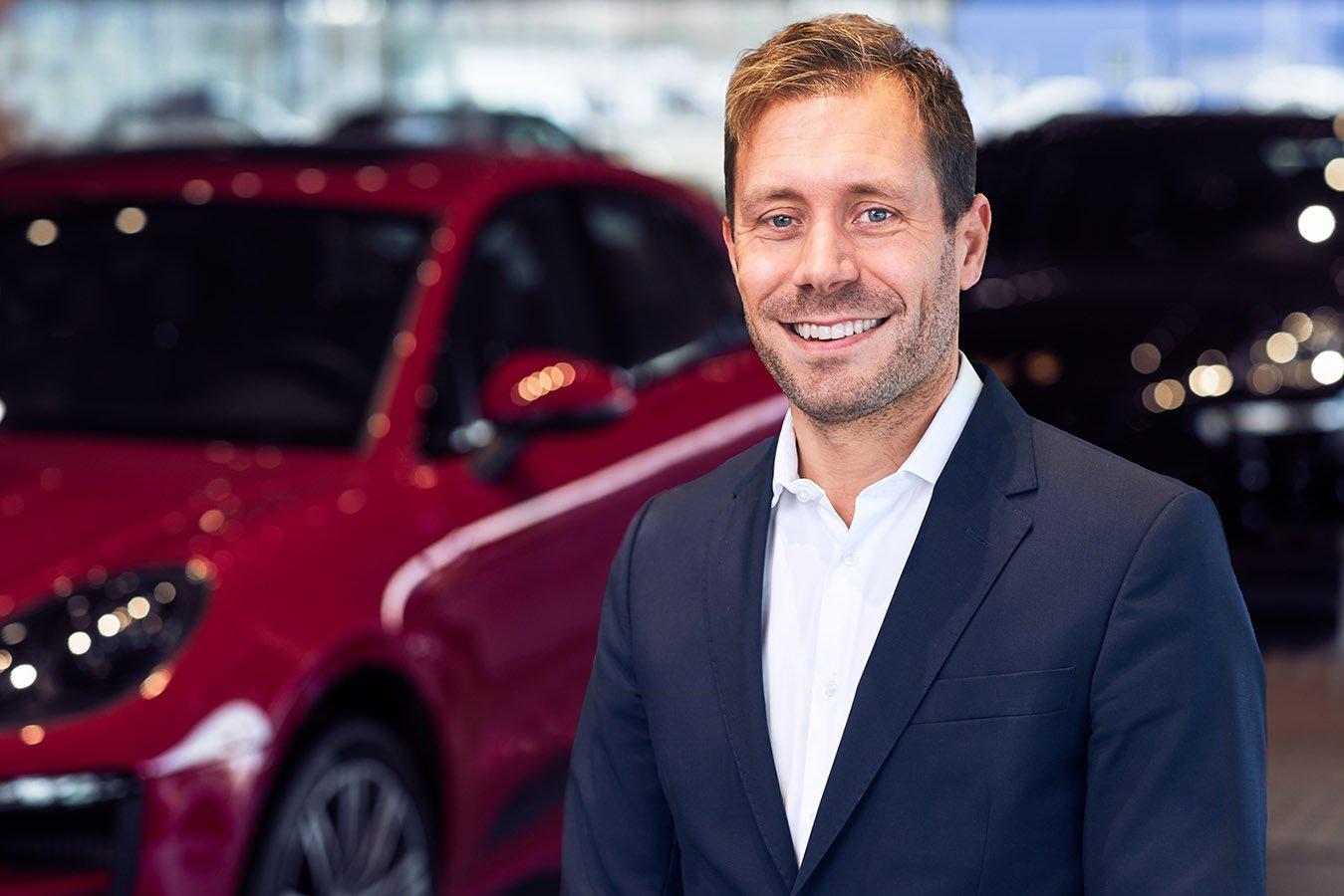 Gustav Lundh, VD och delägare på Porsche.